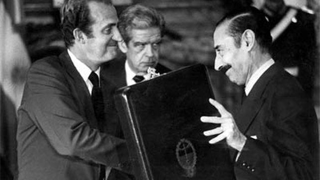 El gobierno de Rajoy justificó el apoyo de España a Videla Juna-carlos